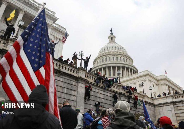 هجوم مردم آمریکا به کنگره/تصاویر
